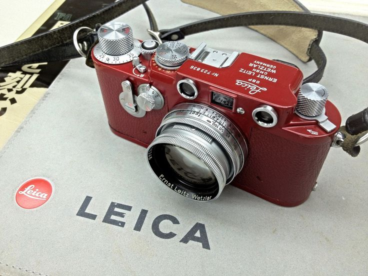 Little Red #Leica