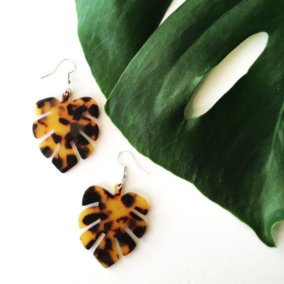 Tortoises Palm Earrings