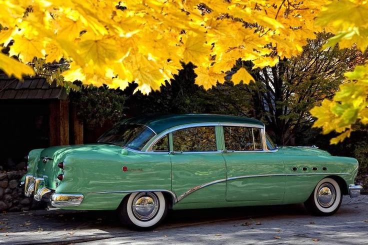 107 best buick 1954 images on pinterest old school cars for 1954 buick roadmaster 4 door
