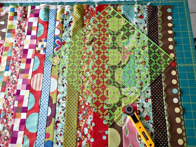 17 Best ideas about Jelly Roll Quilting on Pinterest Quilt patterns, Jellyroll quilt patterns ...