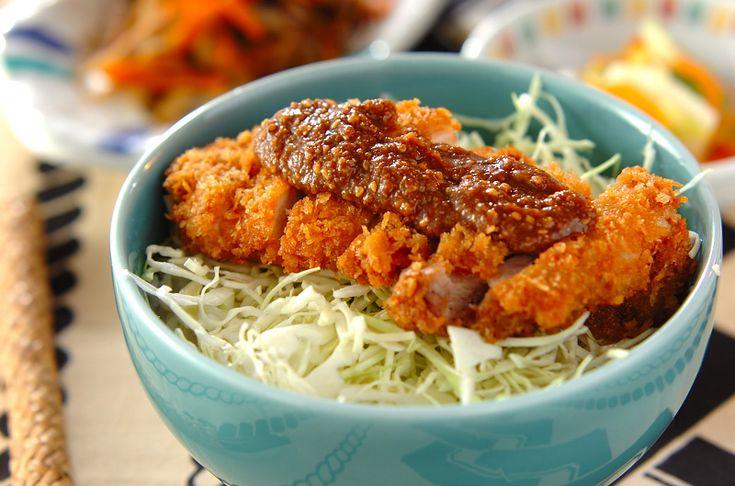 チキンカツ丼【E・レシピ】料理のプロが作る簡単レシピ/2012.02.06公開のレシピです。