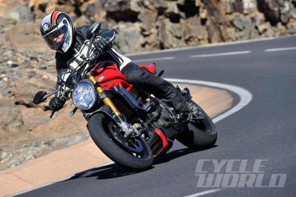 Ten Fast Facts: 2014 Ducati Monster 1200S | Ducati of Tampa Bay Florida