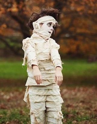 Como fazer uma fantasia de múmia. #carnaval #fantasias