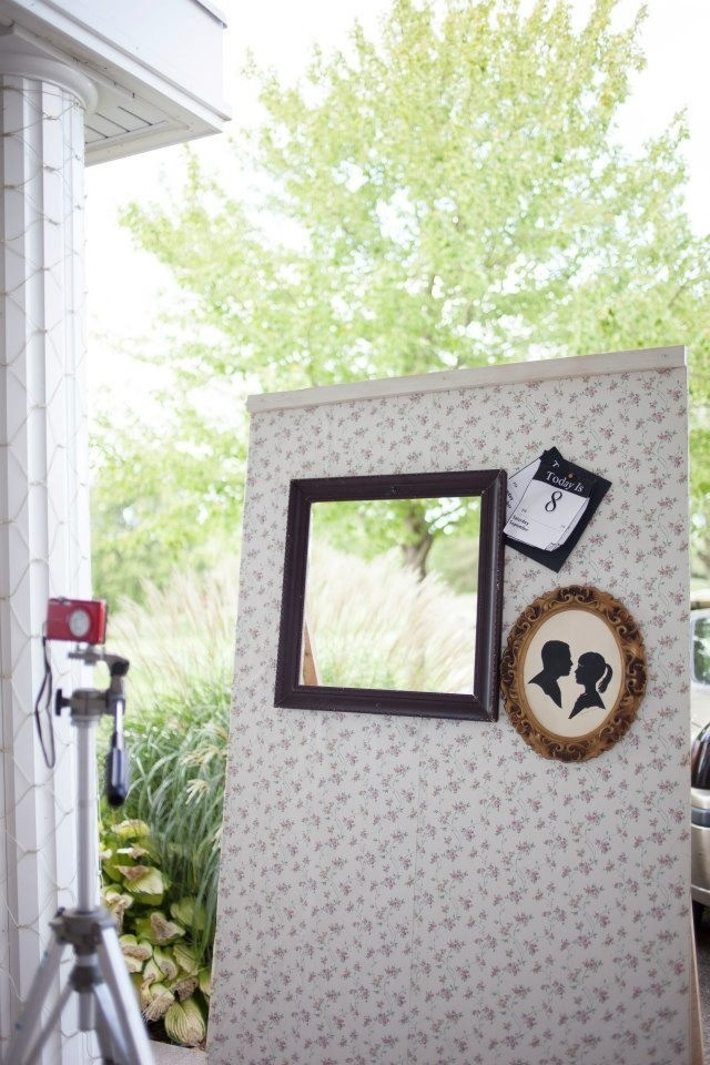 how to build a photo booth for a party