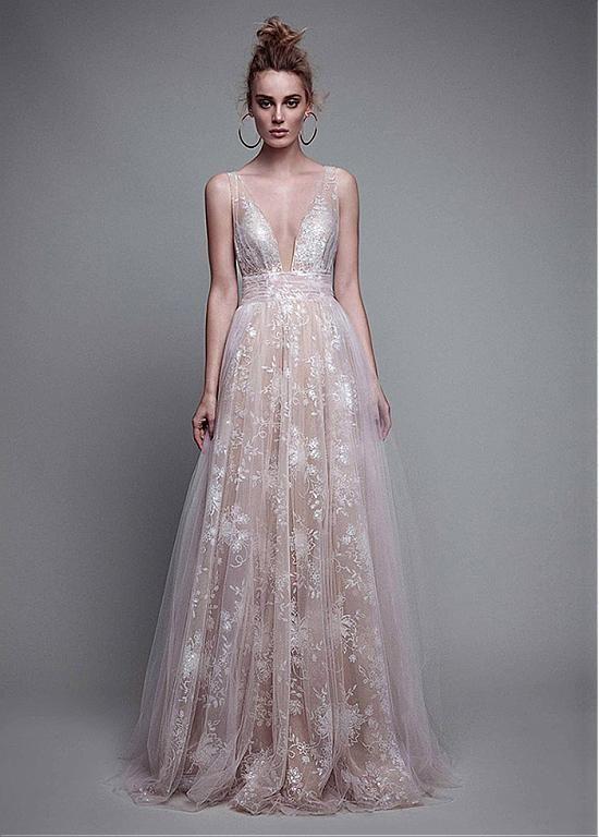 Elegant Tulle V-neck Neckline A-line Evening Dresses With Lace