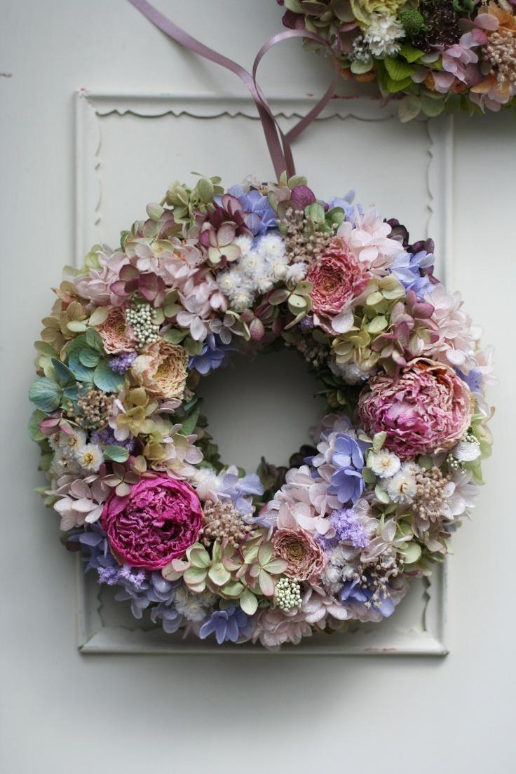 best images about bloemstukjes on pinterest mesas bride