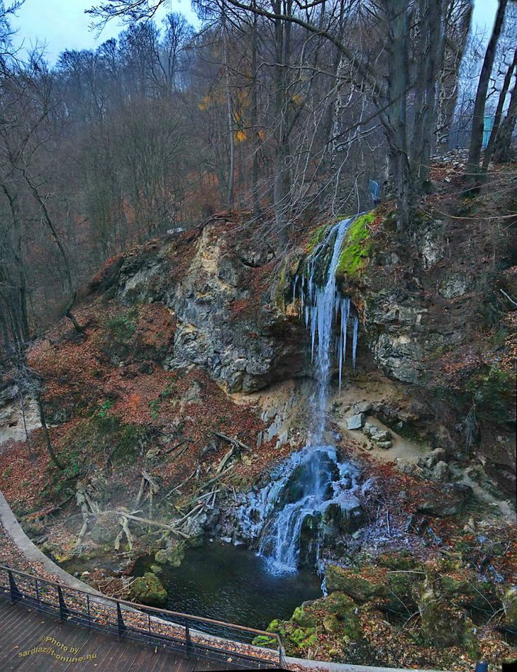 Frozen waterfall - Lillafüred Vízesés