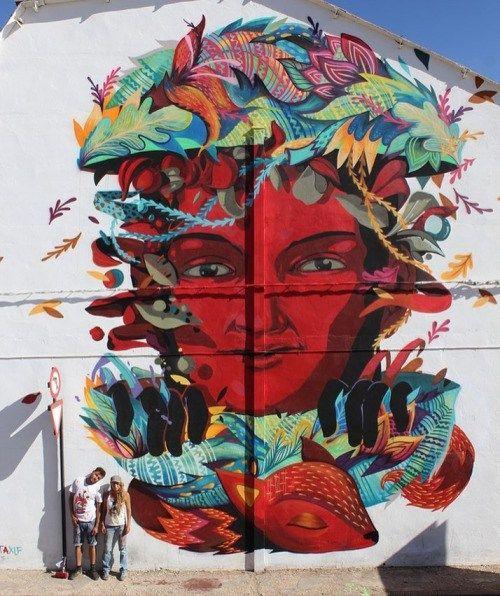 streetartglobal: By @lolofonico in Seville, Spain - http://globalstreetart.com/lolofonico#globalstreetart https://www.instagram.com/p/BIilQ4PjQWR/