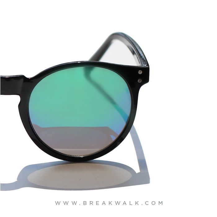 ★ LOST INTO THE SUMMER ★ • www.breakwalk.com • ‪#‎breakwalk‬ ‪#‎woman‬ ‪#‎sale‬ ‪#‎SUNGLASSES‬ ‪#‎sunnies‬ ‪#‎summer‬