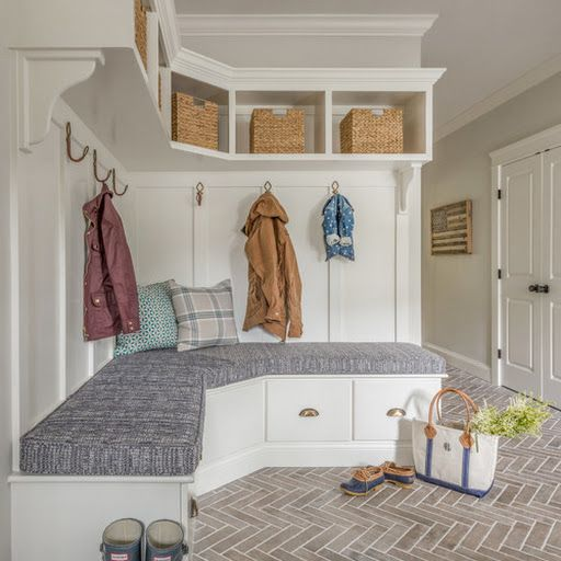Trending Now The Top 10 New Mudrooms On Houzz Mudroom Laundry Room Mudroom Design Laundry Mud Room