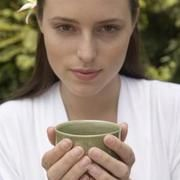 Herbs to Help Women With PCOS Get Pregnant | LIVESTRONG.COM