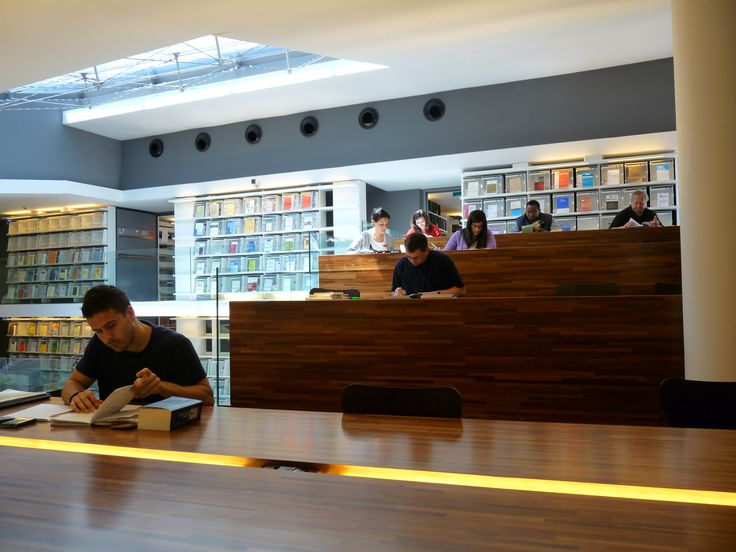 Studio in Biblioteca alla PUL