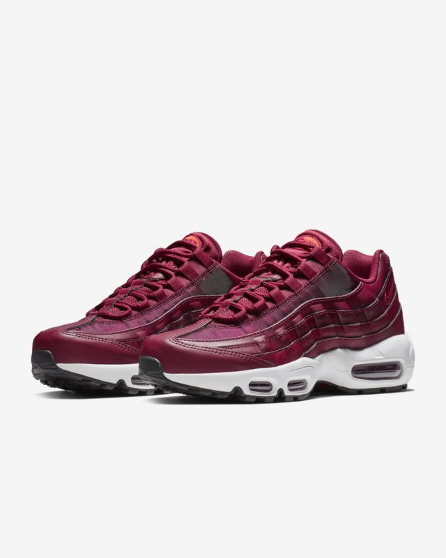 low priced 5ec72 02f10 Nike Air Max 95 OG Women s Shoe