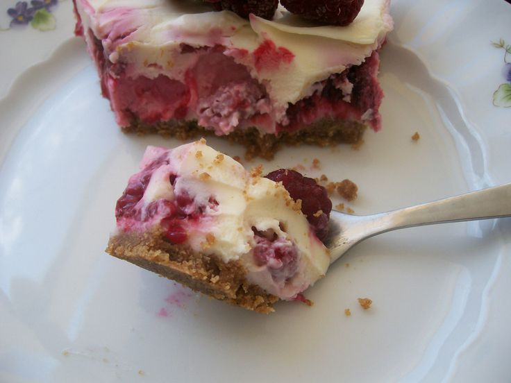 delicious white chocolate cheesecake with rasberries   easy no bake recipe