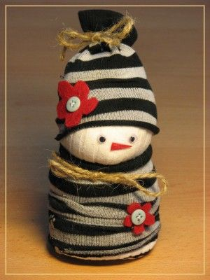 CUTE SNOWMAN SOCK PUPPET- enjoy making it at home, with your kids!