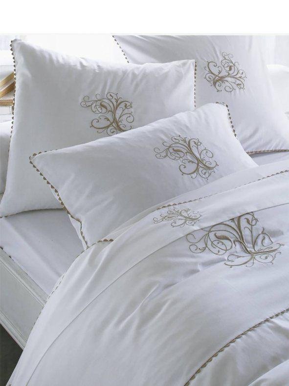 les 14 meilleures images du tableau parures de lit sur pinterest couettes housses de couette. Black Bedroom Furniture Sets. Home Design Ideas