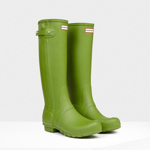 Hunter Original Slim Zip Rain Boots ($138) ❤ liked on Polyvore featuring shoes, boots, pea green, hunter boots, rubber rain boots, green boots, waterproof rubber boots and lined rain boots