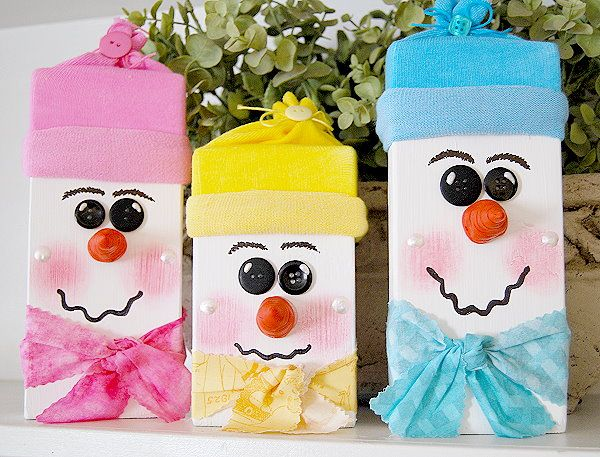 Here I am today with some cute Snowman heads, thankfully, they don't melt away and leave little puddles!