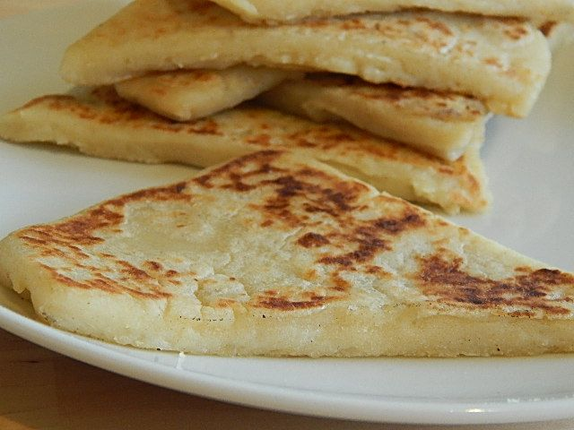 Traditional Potato Farl (Fried Bread) recipe from Northern Ireland.