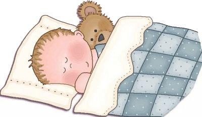bebe durmiendo con peluche