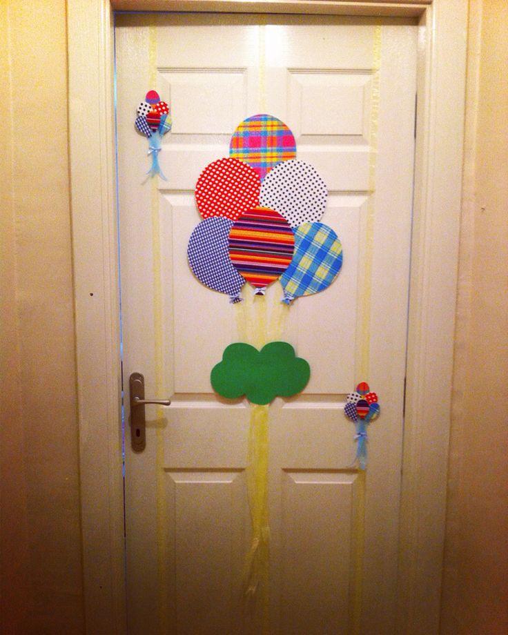 Erkek bebek kapı süsü