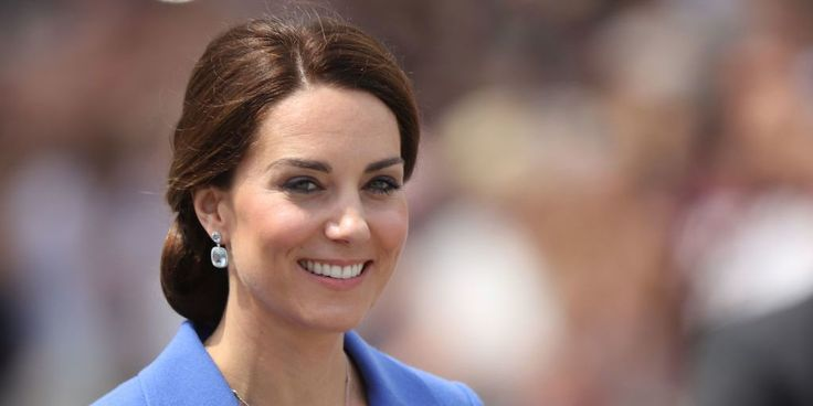 Best 20 duchess kate ideas on pinterest kate middleton for Townandcountrymag com customer service