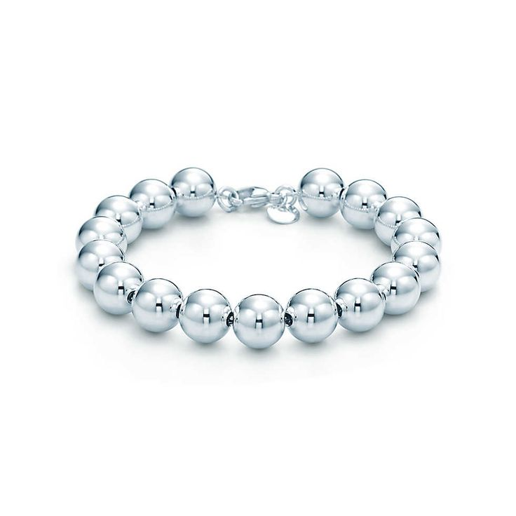 Have been lusting over this Tiffany  Co. Bead Bracelet. Really want this and the venetian chain link bracelet. #inlovewithTiffanys #topofmywishlist