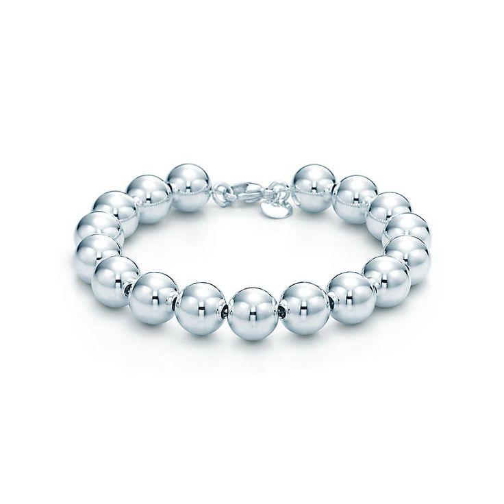 Bead bracelet in sterling silver.