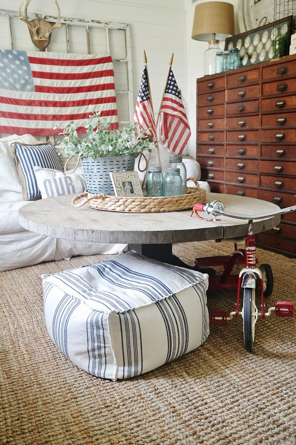 4th of july decor in the living room summer decoratingcottage decoratingamericana home - Americana Home Decor