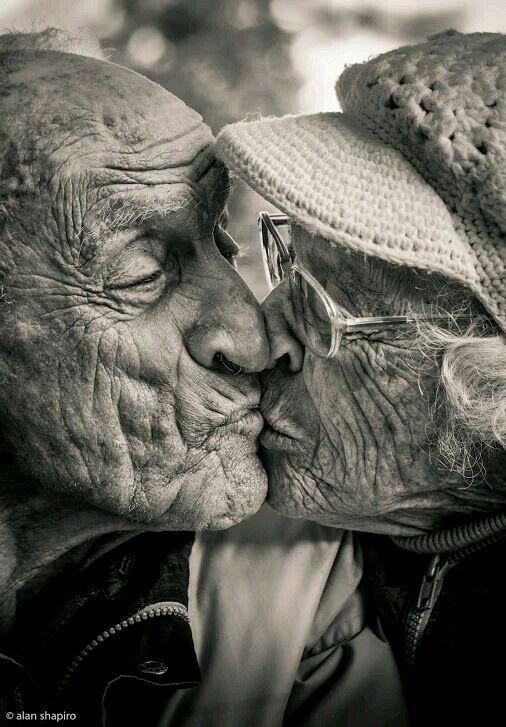 Прикольные картинки про любовь и старость