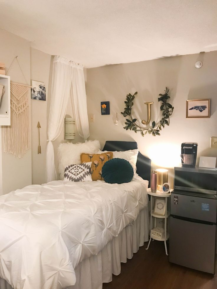 College Dorm Room Design: Boho Dorm Room Dorm Room Ideas