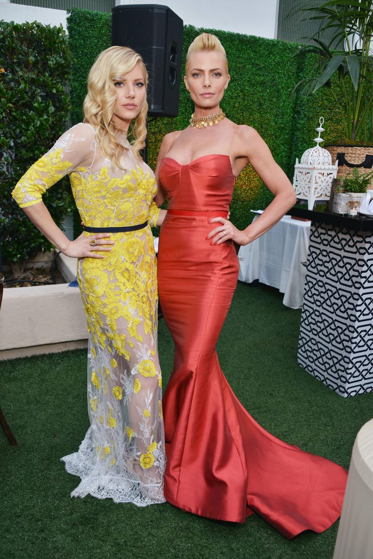 Katheryn Winnick and Jaime Pressly For more visit: www.charmingdamsels.tk