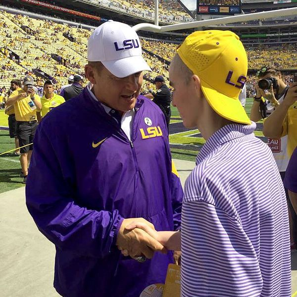 LSU, Les Miles give teenage fan with cancer his 'happiest day ever'
