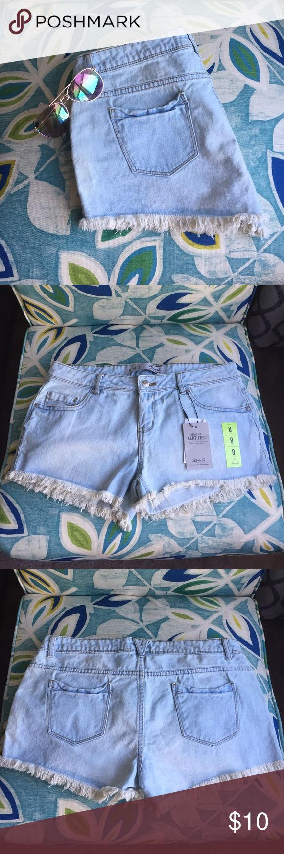 <BNWT> Jean Shorts <BNWT> jean shorts with frayed edges. Size 8 but run small, fit more like a 6. Primark Shorts Jean Shorts