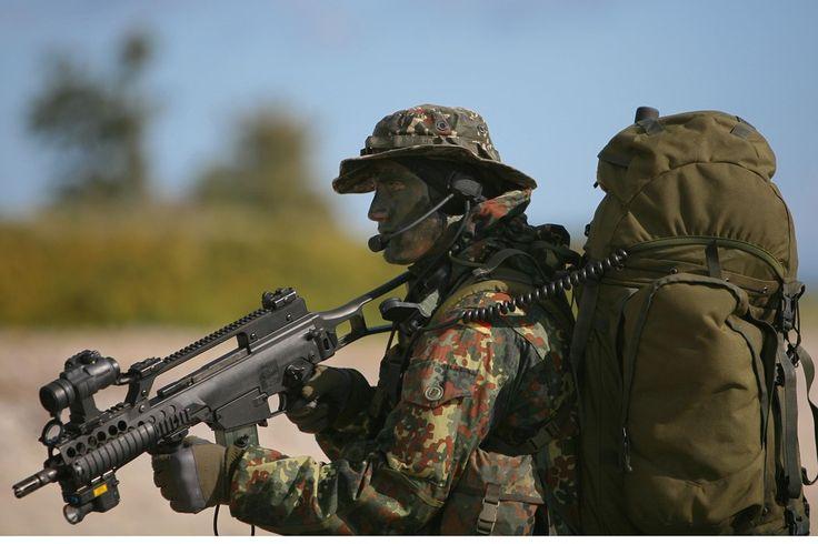 Людина - все одно, що цегла; обпалюючись, стає твердою. Джордж Бернард Шоу  Человек — все равно, что кирпич; обжигаясь, он становится твердым. Джордж Бернард Шоу  #military #militarylife #militarystyle #camouflage #camouflaged #tactical #militarygear #outdoorgear #alwaysbeready #travelsmart #masteryourmission #armor #security #protection #armed