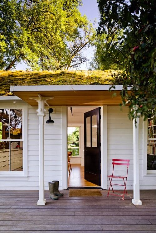 welcome home: Interior Design, Green Roofs, Tinyhouse, Tiny Houses, Interiors Design, Front Doors, Small Home, Cottages, Porches