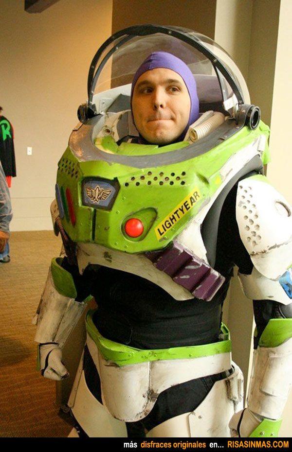 Disfraces originales: Buzz Lightyear.