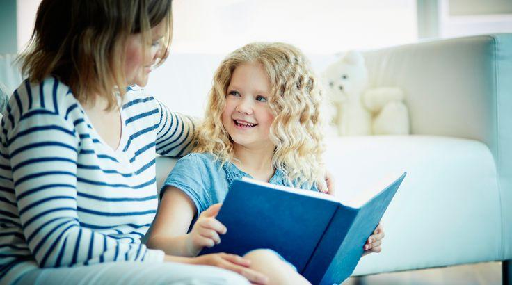 Kinderboekenweek. Op een of andere manier voelt het als feest. Wat het ook dit jaar is, want het bestaat maar liefst 60 jaar. Wat is dat toch, dat het zo magisch is? Is het omdat kinderboeken gewoon magisch zijn? Is het omdat het Kinderboekenweekgeschenk altijd weer een verrassing is? Wij denken het eerste, en ja, […]