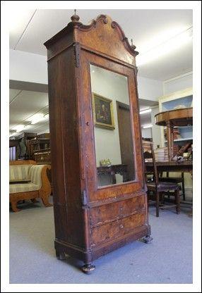 Oltre 25 fantastiche idee su armadio antico su pinterest for Specchio antico piccolo