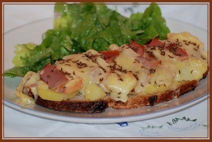 Tartine au munster : la recette facile/ressemble un peu à la croûte au fromage Suisse.