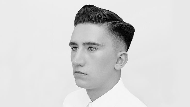 Comb Over Hair Style: Graduated Scissor And Clipper-over-comb On A Parting By