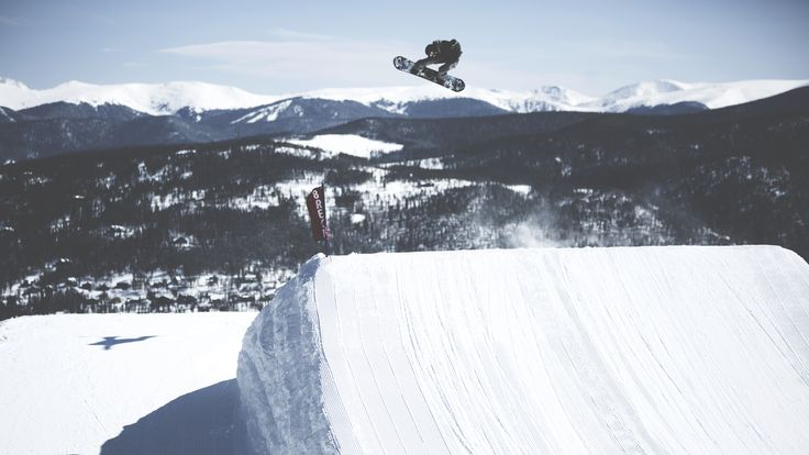 #Snowboarding in #breck