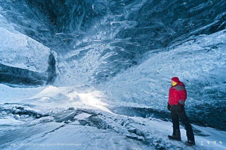 青く光る氷の洞窟 ヴァトナヨークトル氷河:スーパーブルー(アイスランド) - ミラプラ(Miracle Planet)『週刊 奇跡の絶景』