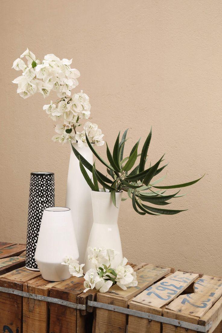 Ensemble de 4 vases en céramique.