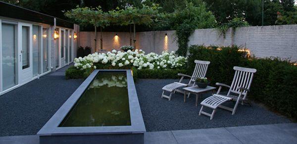 Plataan met eronder hortensia 39 s rondom grijs grind idee n voor het huis pinterest met - Modern tuinbekken ...