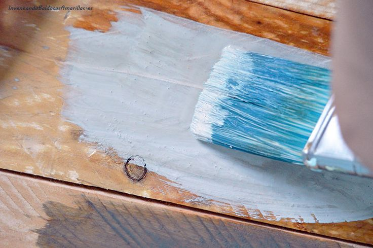 cambiar-color-madera-tinte-chalk-paint
