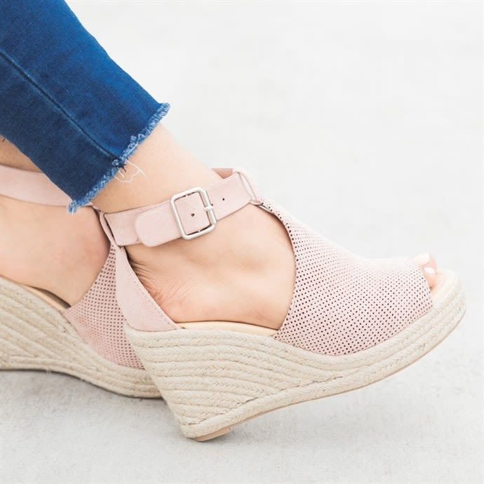 d6636ff9f3 Chic Espadrille Wedges in 2019 | Shoes | Wedge shoes, Shoes, Shoes ...