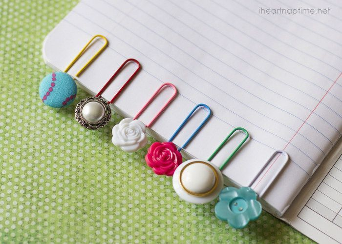 Simple and cute button bookmarks // I Heart Nap Time