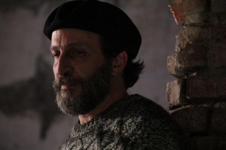 """El debut en el cine mexicano de Daniel Giménez Cacho fue en 1988, con el filme """"Camino largo a Tijuana"""", el cual le abrió grandes oportunidades en el medio cinematográfico. ."""