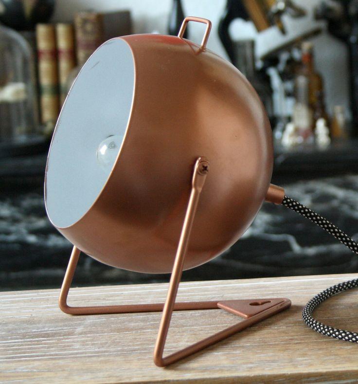 Lampe boule cuivrée métallique : Luminaires par carte-blanche